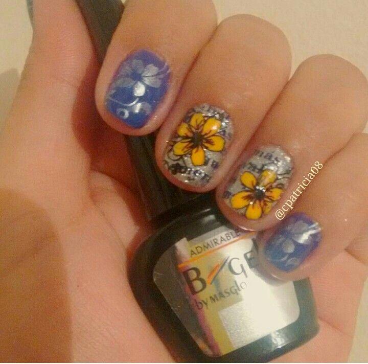 Si queremos esmalte plateado perlado semipermanente... Encontré este de masglo...lindo... Verdad? #bigel #masglocolombia #masglolovers #ibaguetolima #tolima #uñaslindas #stampingnailart #bornpretty #nails2inspire #decoracióndeuñas #inspiration #flores