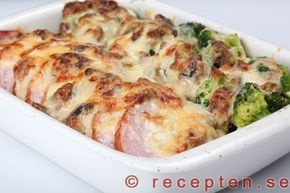 Gott och enkelt recept på kassler med grönsaker, gratinerad med en stuvning med champinjoner.