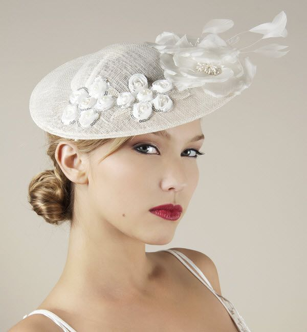 Google Image Result for http://wedding-pictures-05.onewed.com/18219/chic-bridal-hat-wedding-fascinators-2011-trends-inspired-by-royal-wedding-white-beading__full.jpg