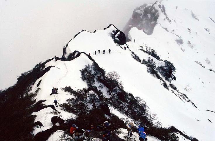 Makalu - Edurne Pasaban. Mountains high first woman