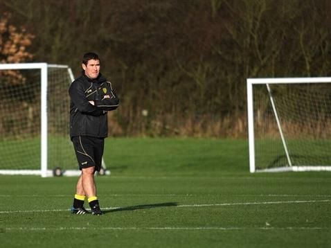 NIGEL CLOUGH EXPECTING A CLOSE GAME AGAINST QPR