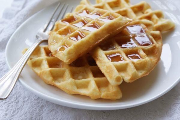Na hora do café da manhã ou do lanche, o waffle é uma ótima sugestão! Essa massa belga remonta à Idade Média, onde era servida nas igrejas como hóstia. Atualmente os...