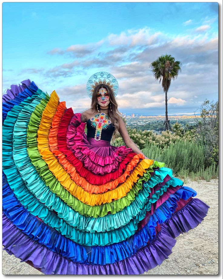 Catrina / Dia De Los Muertos Family Halloween Costumes, Halloween 2020, Halloween Makeup, Halloween Party, Catrina Costume, Mexico Day Of The Dead, Mexican Costume, Mexican Holiday, Mexican Fashion
