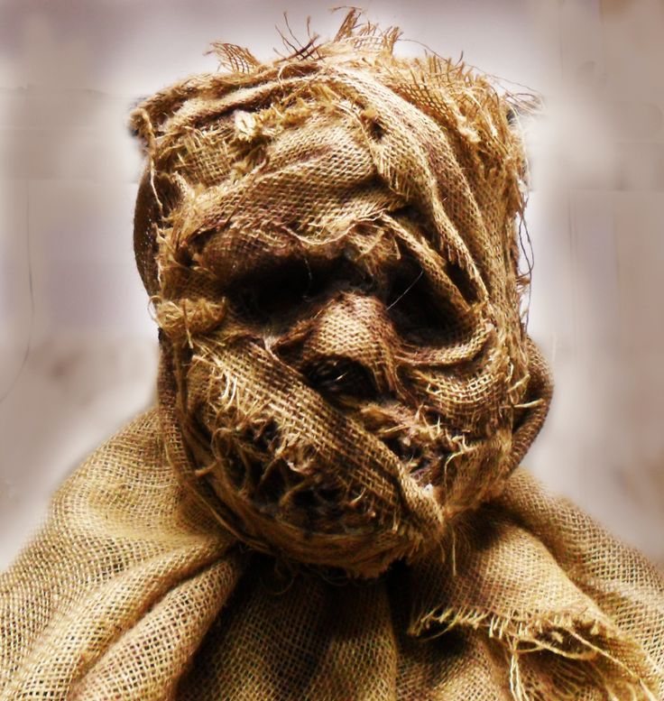 hmmm this would be cool for the haunted house scarecrow maskhalloween scarecrowhalloween ideaspumpkin - Halloween Scare Crow