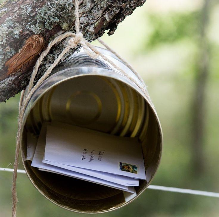 Dolgozott egy férfi a postán, akinek az volt a dolga, hogy a rosszul vagy olvashatatlanul felcímzett leveleket kezelje. Egy napon érkezett egy levél, amelyről hiányzott az irányítószám, de