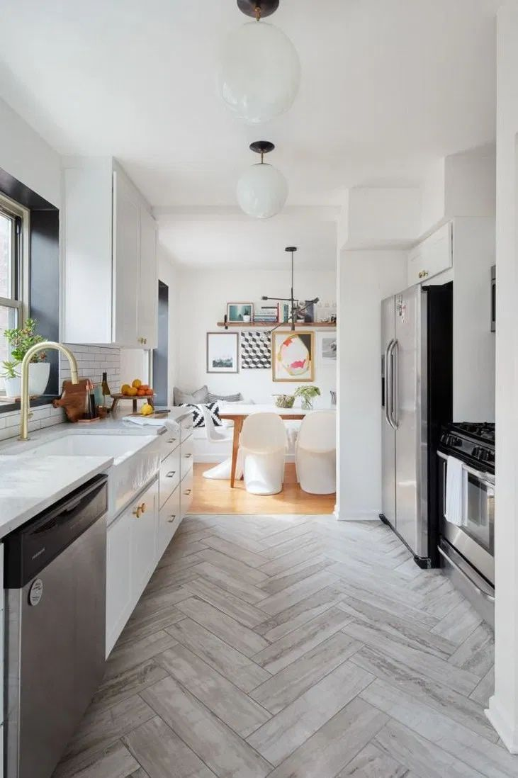 53 creative farmhouse design ideas for interior 1 with images kitchen flooring floor tile on farmhouse kitchen tile floor id=74361