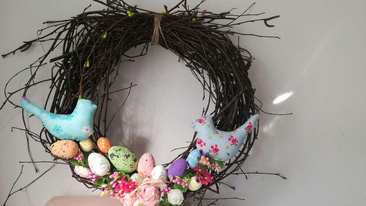 Wielkanocne dekoracje, wianki