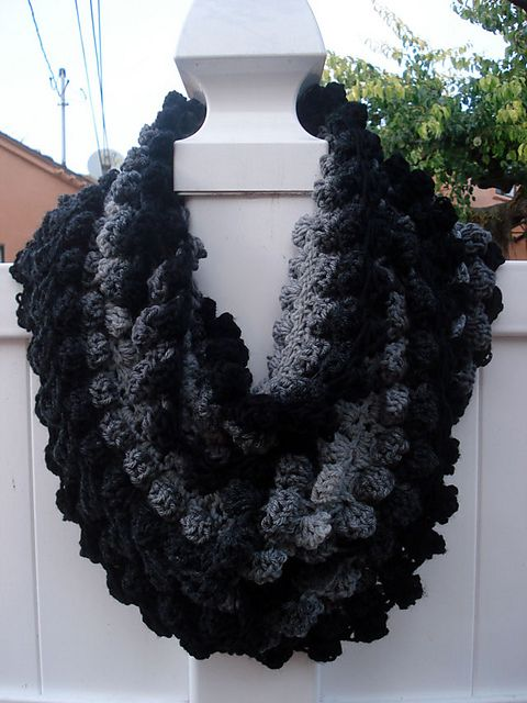 17 Best images about Crochet - Infinity Scarf on Pinterest ...