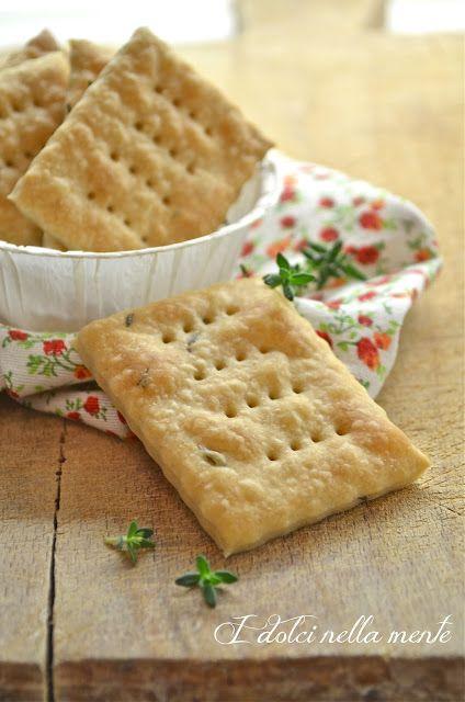 I dolci nella mente: Intermezzi salati: Crackers di farro al timo