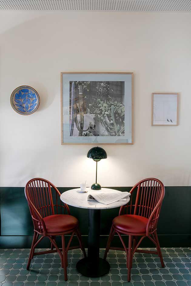 Mar de Avellanas. Restaurant in Valencia. Interior design by Jaime Hayon. Collection: Coqueta armchair by Studio expormim. Indoor. Year: 2017. Photo by KlunderBie.