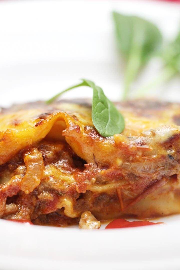 Easy Ground Beef Lasagna Recipe Lasagna Lasagnarecipe Beeflasagna Recipe Recipes Food Fo Classic Lasagna Recipe Vegetarian Lasagna Recipe Lasagna Recipe
