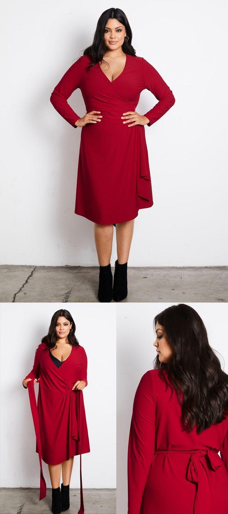 Verliebt in unser rotes Wickelkleid! Dieses Kleid für Frauen mit