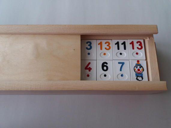 Nouveau grand rami, jeu rummikub, enfants, jeu de voyage, stratégie, jeu de la famille, jeu de société dans la boîte en bois hêtre fait à la main, cadeau pour hommes, enfants, enfant