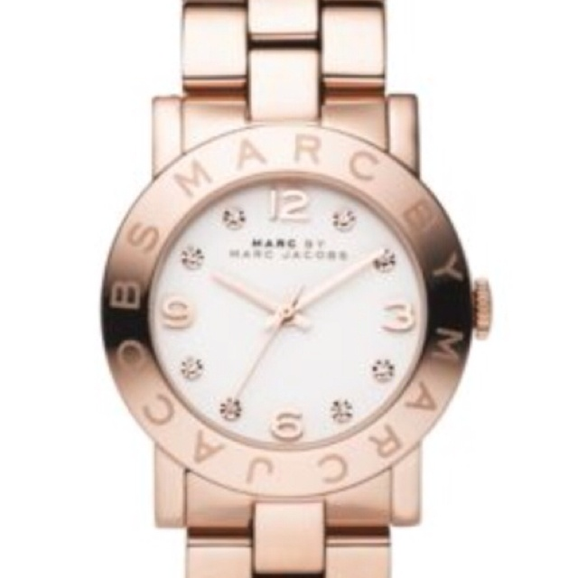 Rose Gold- Marc Jacob's female watch