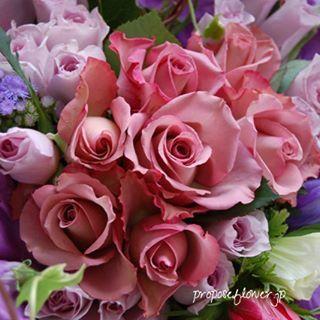幸せな花束の記録♪  #薔薇#バラ #紫の薔薇#バラの花束#薔薇花束 #花屋 #フラワーショップ #flowershop #flowerdesign #プロポーズフラワー #propose