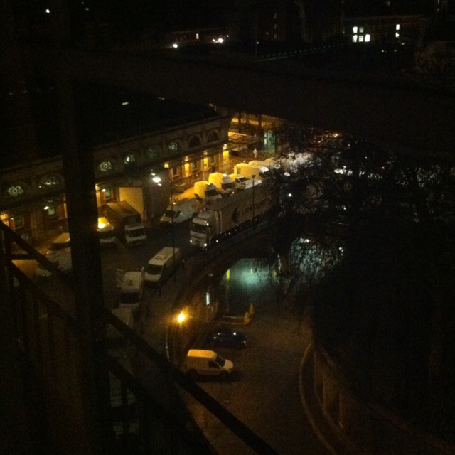 Smithfield Market @work (4:34 am)