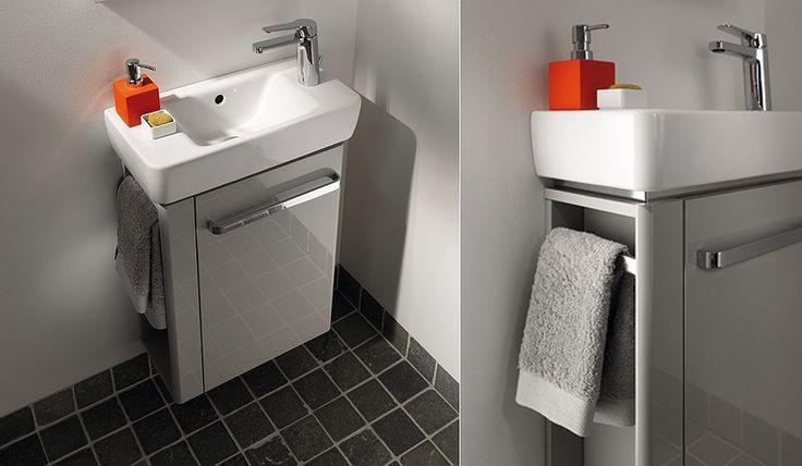 In diesem Bild sehen Sie Keramag Renova Nr. 1 Comprimo Waschtischunterschrank Handtuchhalter links B:59xH:60,4xT:33,7cm weiß 862265000