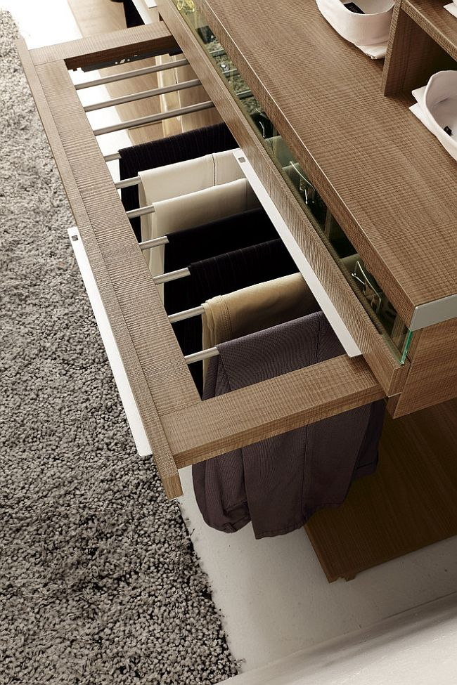 Space saving organizational ideas for the walk-in closet