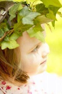 Greek Craft Activities for Children- leaf wreath/ golden rope head dress ideas