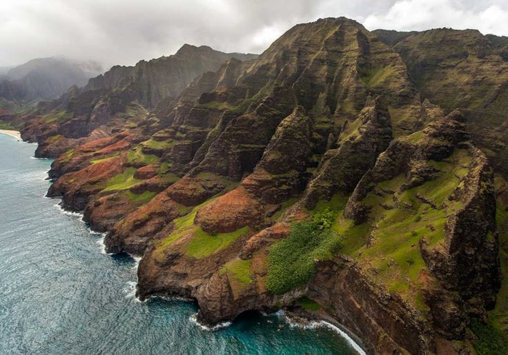 Kauai Helicopter Tours. View The Waterfalls & Na Pali Coast On Our Deluxe Waterfall Tour