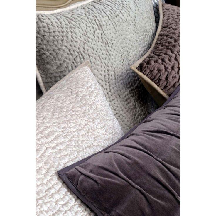 17 meilleures id es propos de housse de coussin 60x60. Black Bedroom Furniture Sets. Home Design Ideas