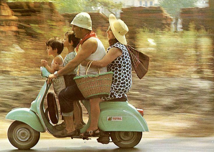 Old photos of Italian familis   Vintage-Italy---Family-Ride