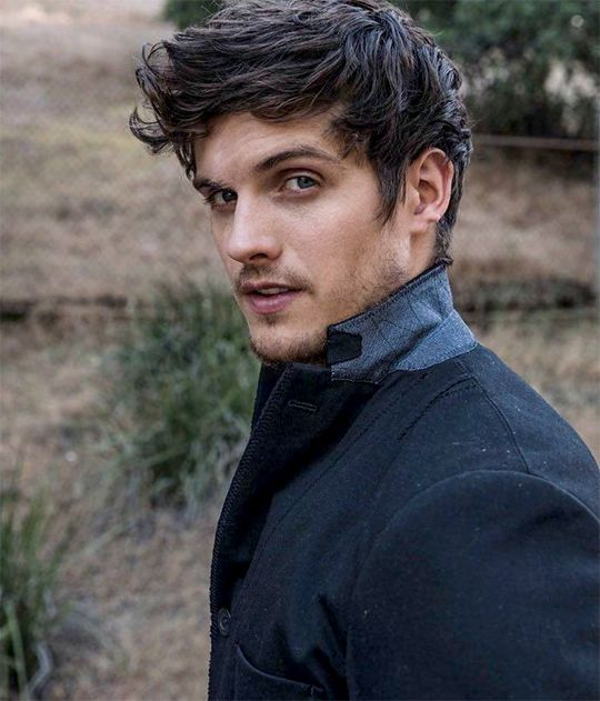 Daniel Sharman for DAMAN Magazine 2017.