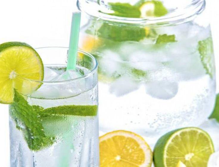 Υπέροχα αποτοξινωτικά νερά για να «καθαρίσετε» το σώμα σας και να κάψετε λίπος