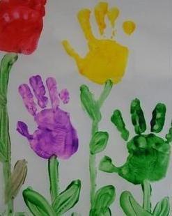 Activities: Handprint Flowers