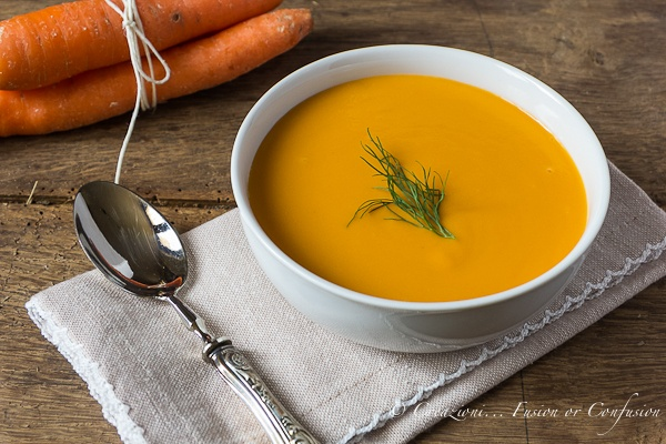 A delicious cream of carrots and potatoes with dill. Simply to do and low cost!  ( Crema di carote e patate all'aneto )