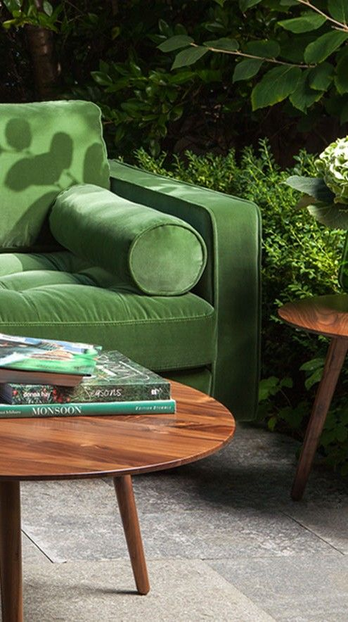 A trendy update on a classic design, the Sven sofa is stunning with its cotton velvet upholstery. Available in Grass Green, Pacific Blue and Shadow Gray.