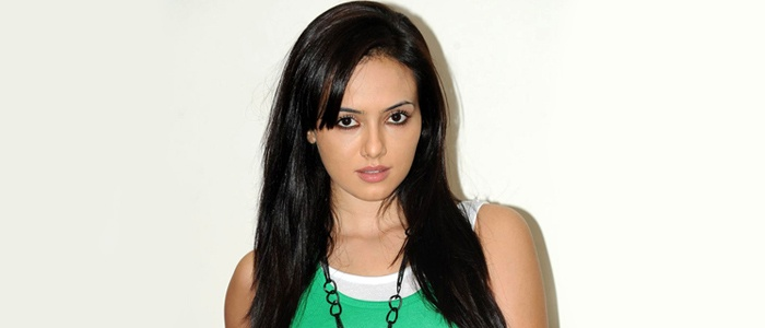Do you think Bigg Boss fame Sana Khan will taste success in Bollywood too?