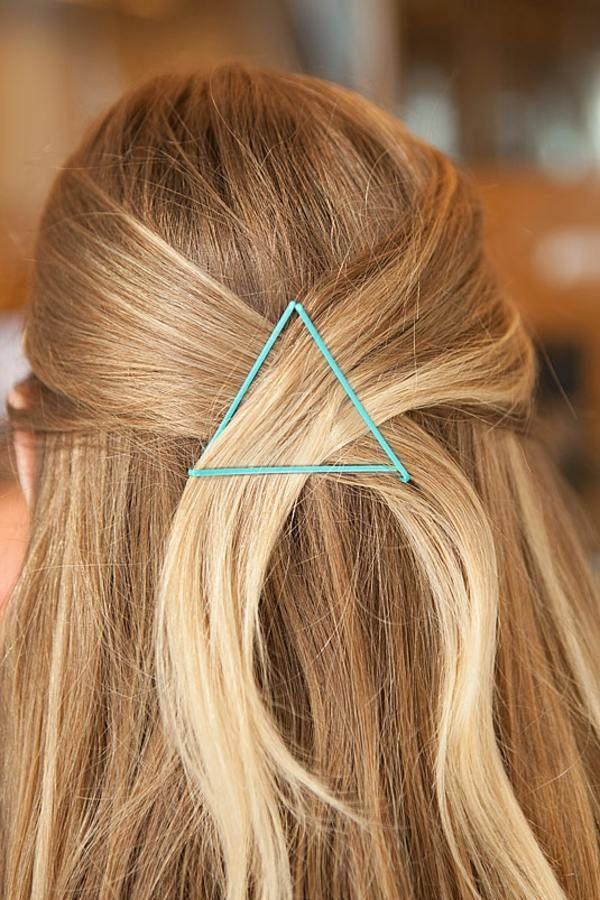 Dreieck Form mit Haarklammern erzielen