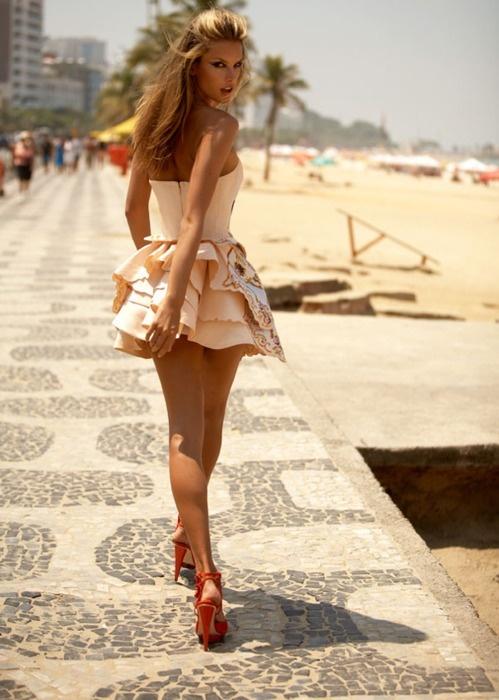 model.  waterfireviews.com: Ruffle, Girls, Summer Dresses, Pink Dresses, Alessandra Ambrosio, Rio De Janeiro, Cute Dresses, Outfit, The Dresses