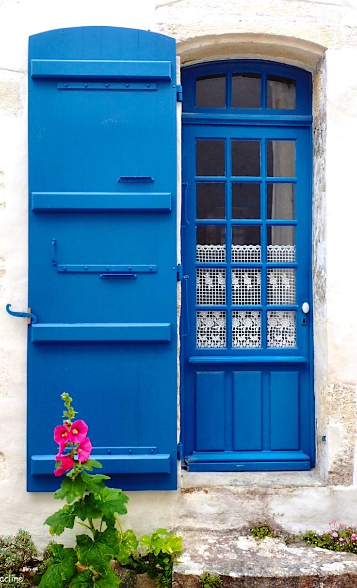 Talmont-sur-Gironde Charente-Maritime France & 5381 best Doors images on Pinterest | French doors Facades and ...