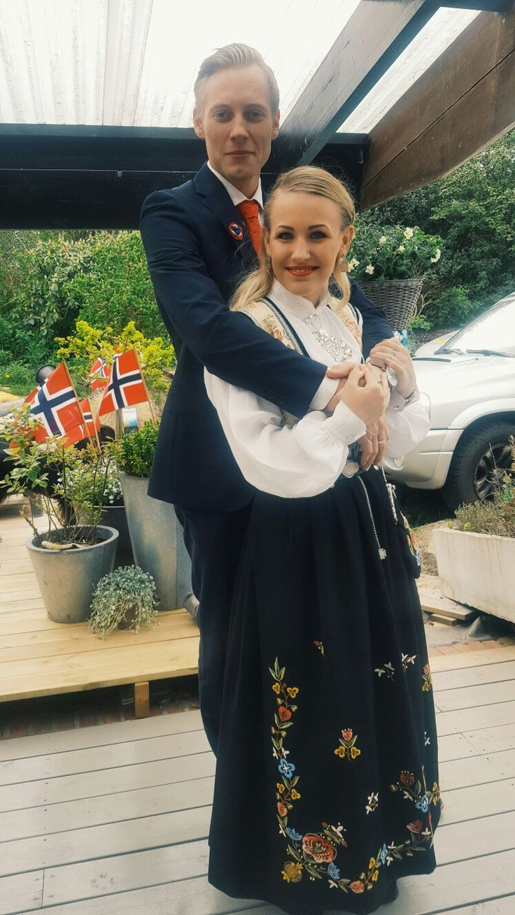 17. Mai Happy Constitution Day, Norway! #bunad #nationaldress #champagneallday