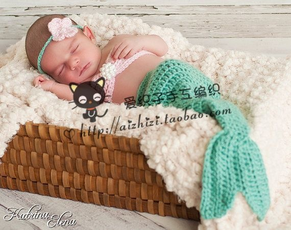awww adorable knitted mermaid!!