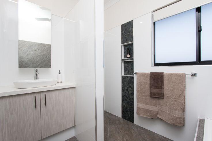 CYGNET BATH  CONNOLLY HOMES BROOME BUILDER