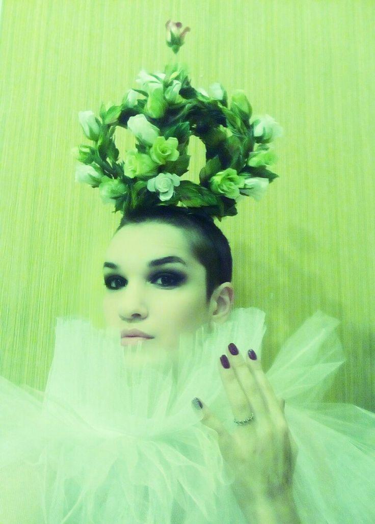 Корона из цветов от Валерии Куликовой Crown of silk flowers from Valeria Kulikova