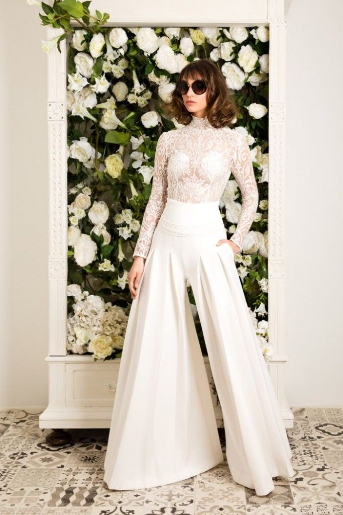 Future #prettyflamingobrides we want a babe in wedding pants!!   Miro – Jordi Dalmau