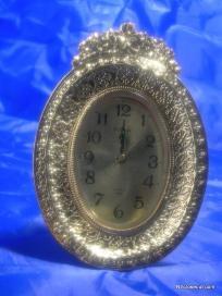 Large Gold Tone Bulova Quartz Clock Free Shipping
