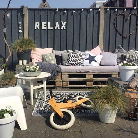 die besten 25 paletten veranda ideen auf pinterest paletten terrasse paletten decking und. Black Bedroom Furniture Sets. Home Design Ideas
