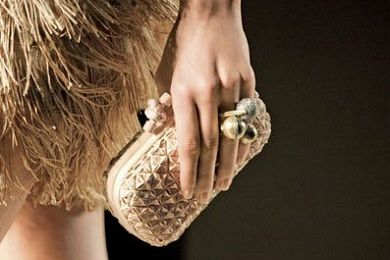 Gold is my favorite color. This summer bag i love it and i want it http://www.i-live.gr/th-tsantes-kalokairi/# #woman