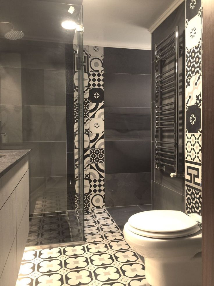 32 best cementine patchwork bisazza images on pinterest for Bathroom designs lebanon