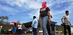 Instala APPG retén contra federales en la sierra de Chilpancingo - http://www.tvacapulco.com/instala-appg-reten-contra-federales-en-la-sierra-de-chilpancingo/