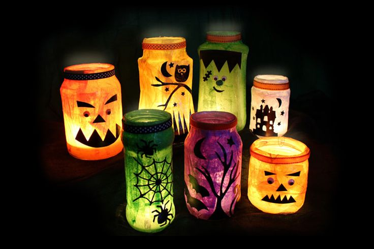 Five easy DIY Halloween decorations to make at home including Halloween lanterns, pumpkin crafts and more. A fun Halloween activity for kids.