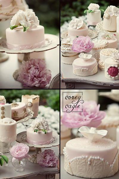 Vintage Bridal Mini Cakes Photo By Crcagle