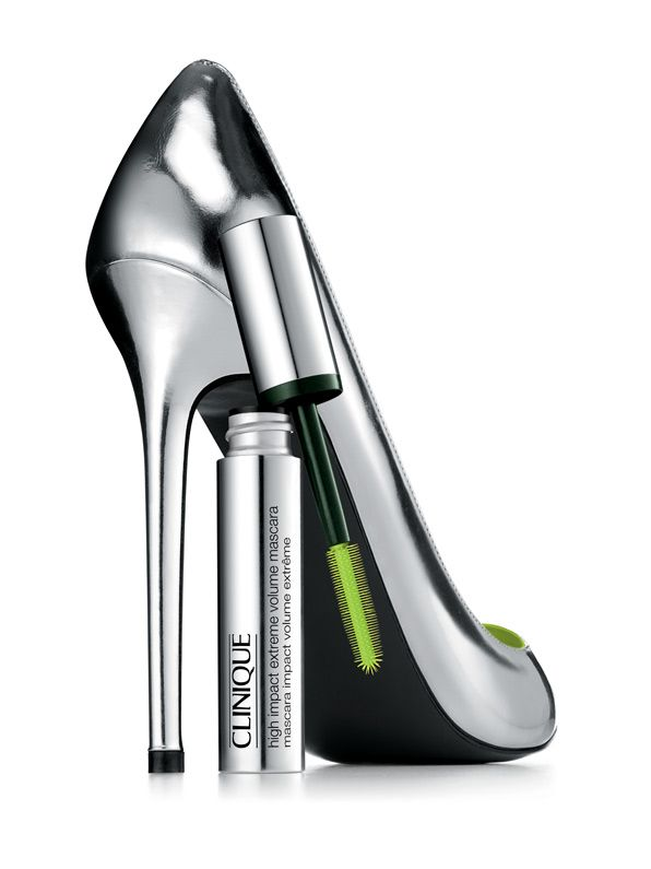 Clinique 'High Impact Extreme Volume Mascara' (Yes, you've guessed it: gorgeous eyelashes)