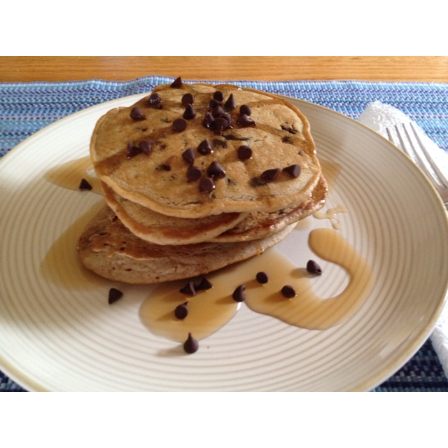 Chocolate chip pancakes w oatmeal