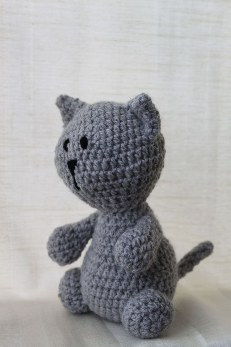 Kathy the cat. Amigurumi plush animal. The animal is approximately 20 cm tall.